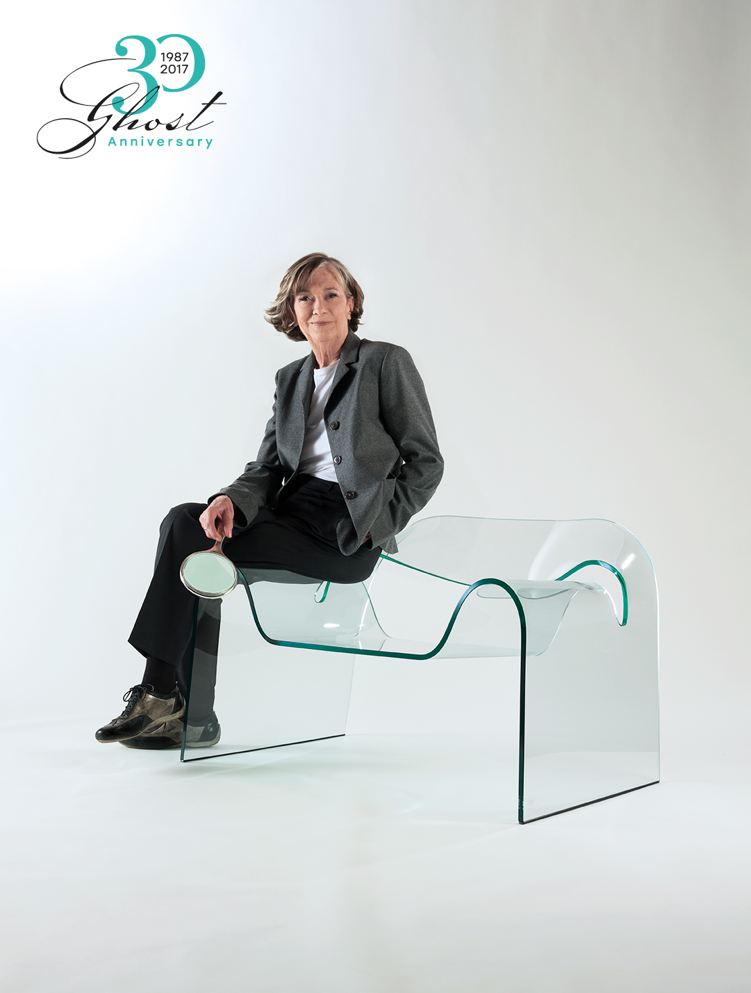 Poltrona Ghost Fiam.Ghost The Curved Glass Chair Designed By Cini Boeri Fiam